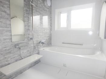 会津若松 あかべこりふぉーむ 東協設備明るく清潔な水まわりは快適です。丁寧に使っていきたいです。