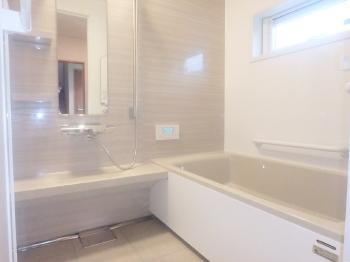会津若松 あかべこりふぉーむ 東協設備キープクリーンのお風呂はいつも清潔で気持ちが良いです。