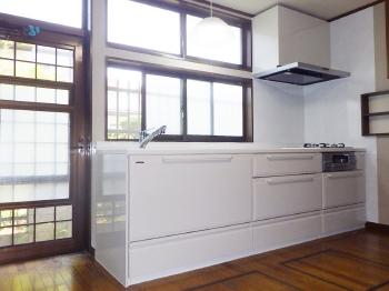 会津若松 あかべこりふぉーむ 東協設備何度も丁寧に相談に乗ってくださり謝しています。明るくなったキッチンに大満足です。