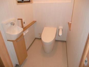 トイレの向きを90度変えるという提案に驚きましたが、使いやすくて気に入っています!