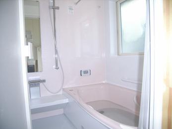 浴室、トイレ、洗面化粧台のそれぞれ機能性が上がり、生活がより快適になりました。