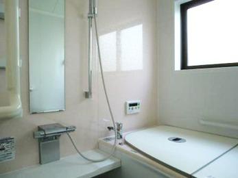 新築同様綺麗になり、脱衣所も広く使えるし、浴室も快適です。