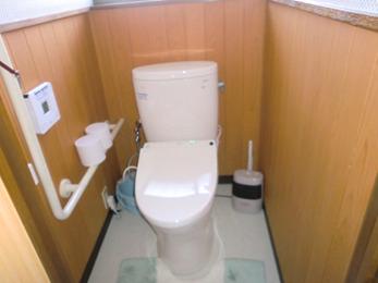 使い勝手の良いトイレになり、エコポイントで浴室のシャワー水栓も取り替えていただきました。