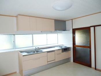 会津若松 あかべこりふぉーむ 東協設備念願のキッチンリフォームができて、使いやすさ抜群です。
